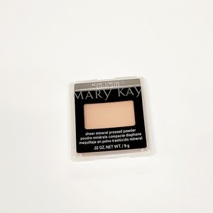 Sheer Mineral Pressed Powder